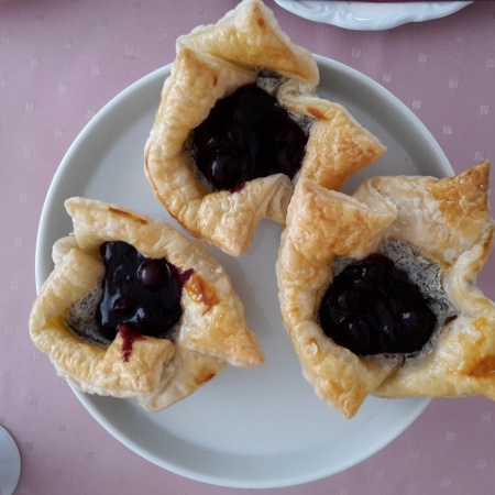 Quark-Mohn Muffins